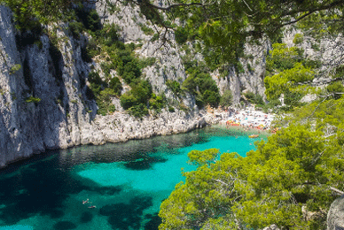 Destination Cassis vacances couple