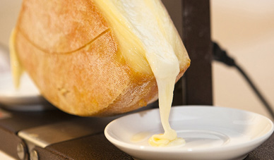 Raclette fromage restaurant montagne