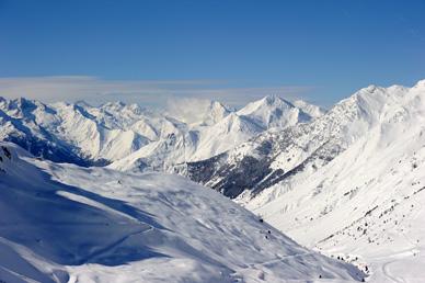 Grand-Tourmalet-Pyrenees-ski