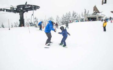 Comment apprendre le ski à un enfant