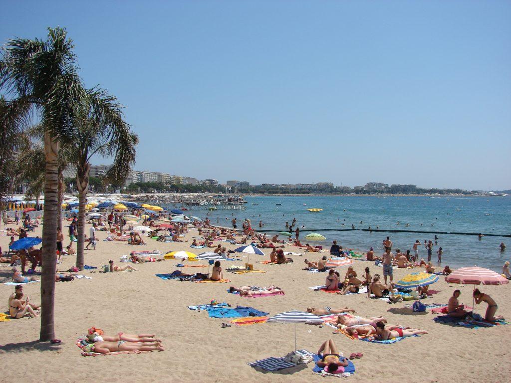 La plage et les vacances à cannes