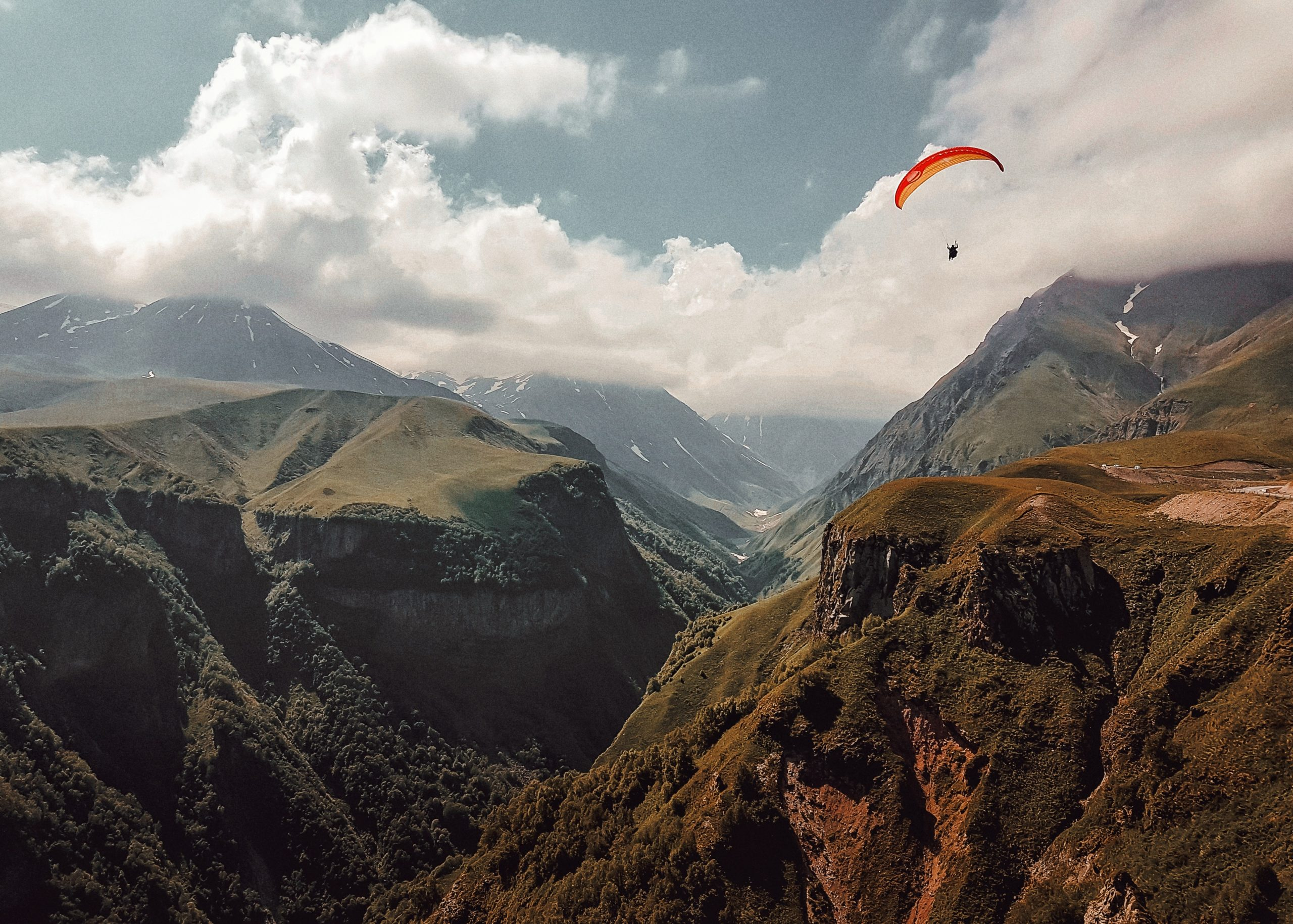 10 sports à pratiquer en été à la montagne